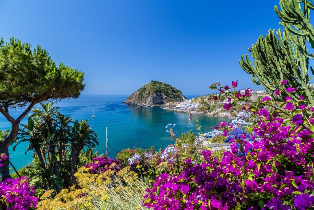 Wanderreise Ischia Blick auf Sant'Angelo
