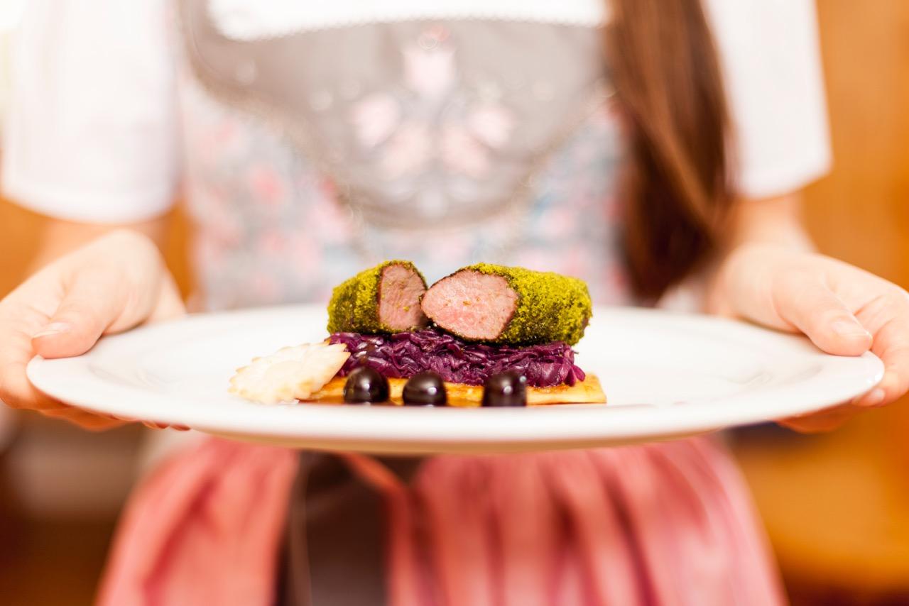 Winterwanderreise Dolomiten leckeres Essen in unserem Hotel