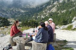 geführte Wanderreise Montenegro Picknick im Orjen Gebirge