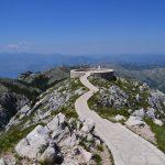 Wanderreise Montenegro Aussichtsplattform am Njegos Mausoleum