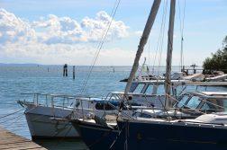 geführte Wanderreise Triest Segelboote in der Lagune