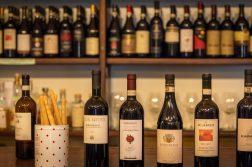 leckere Auswahl an Barbaresco Wein