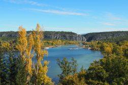 geführte Wanderreise Provence Stausee in der Provence