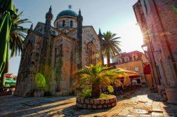 geführte Wanderreise Montenegro Altstadt von Herzeg Novi