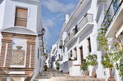 Altstadtgasse im Ort Frigiliana auf der geführten Wanderreise Andalusien