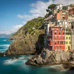 bunte Häuser am Meer in den Cinque Terre
