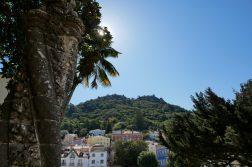 geführte Wanderreise Portugal Ort Sintra Blick auf Castelo dos Mouros
