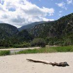 geführte Wanderreise Sardinien Flussstrand