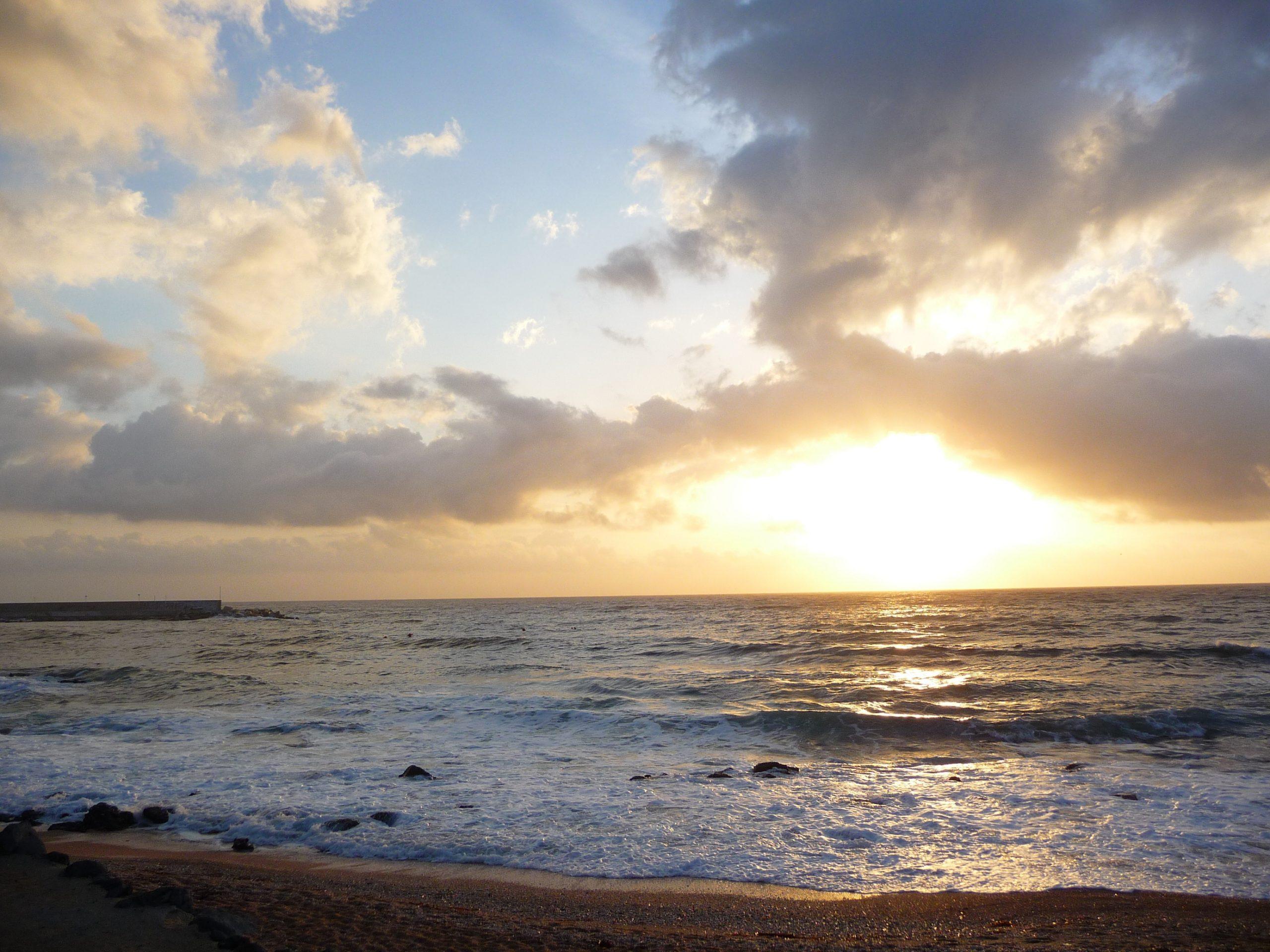 geführte Wanderreise Sonnenuntergang am Strand