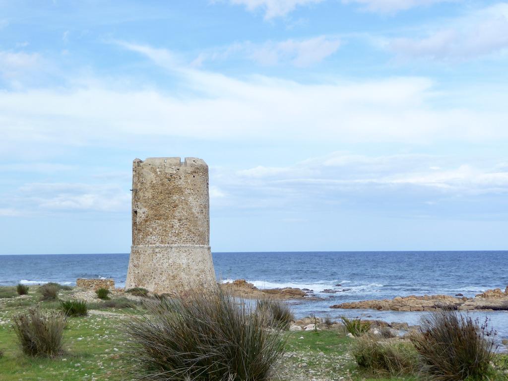 geführte Wanderreise Sardinien Wachturm