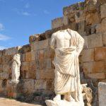 antike Stätten Statuen ohne Kopf