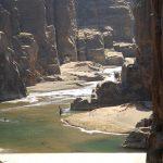 Wanderreise Jordanien Fluss in Felsschlucht